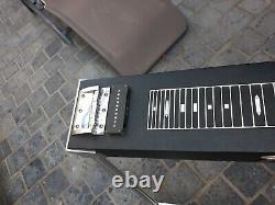 Vintage FENDER pedal steel guitar pat n° 2838974 + case